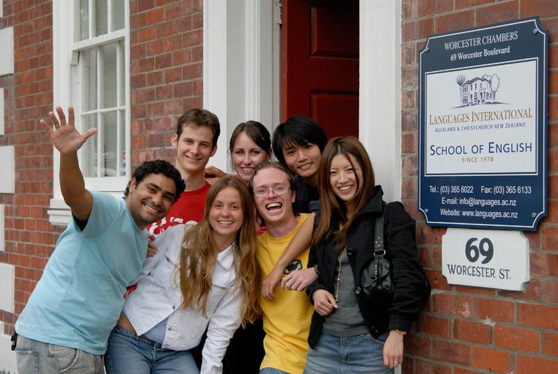 Школа Languages International в Крайстчерче, работает на 100%