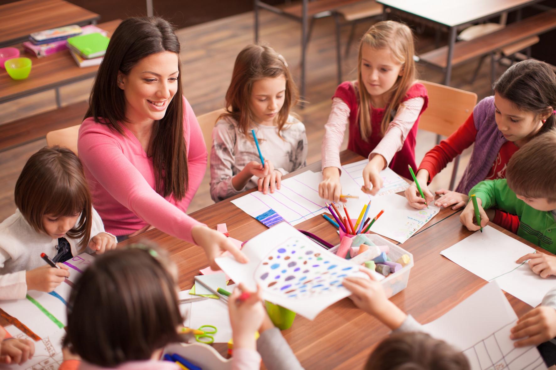 Дети в новозеландской школе